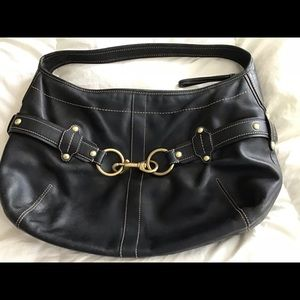 Beautiful Large Coach black leather bag